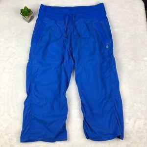Lululemon blue cropped studio pants